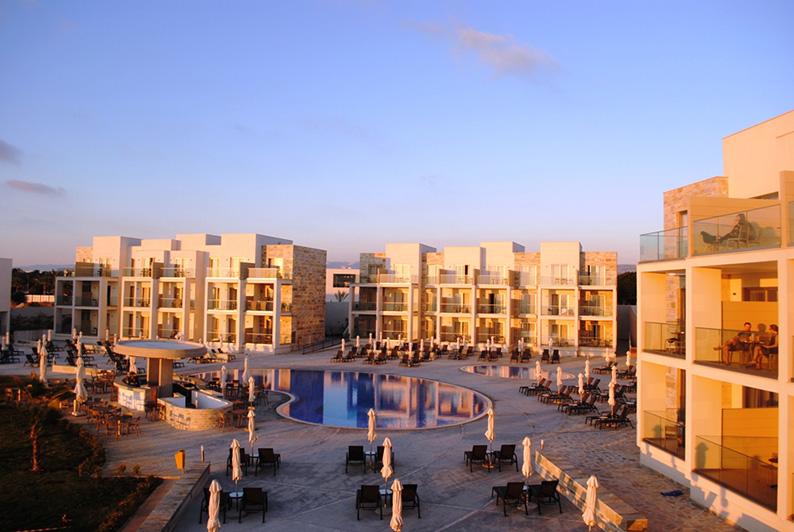 Amphora-hotel-Paphos