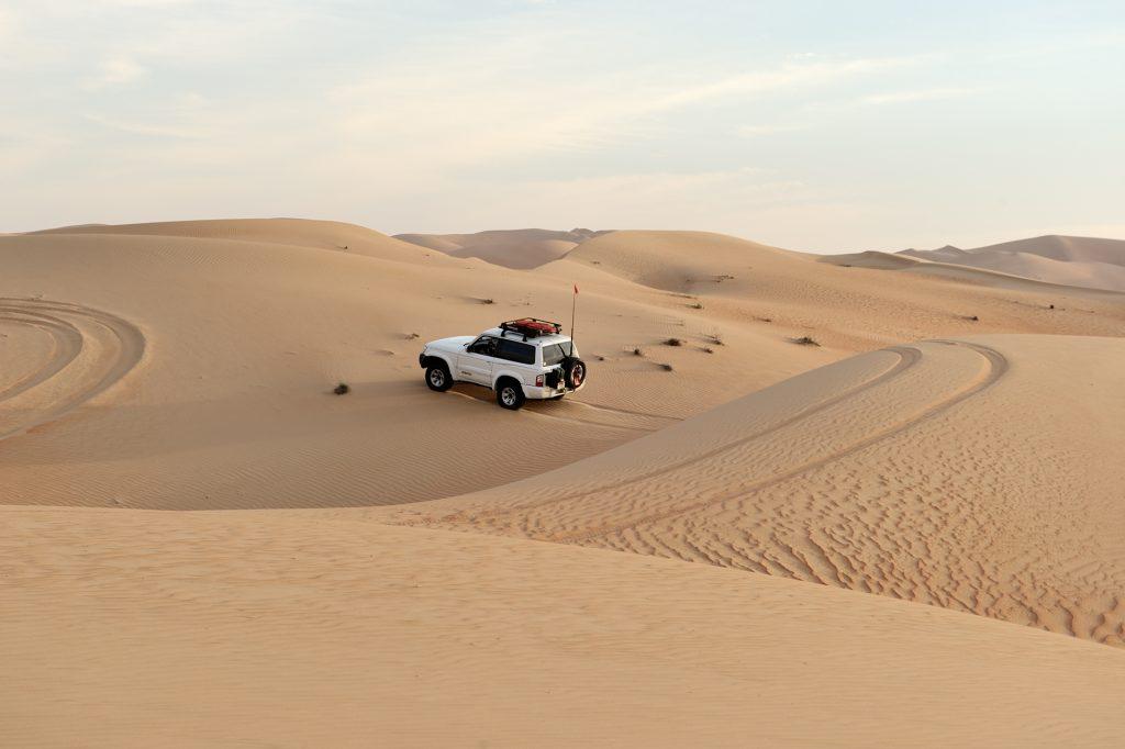 off-roading, desert driving